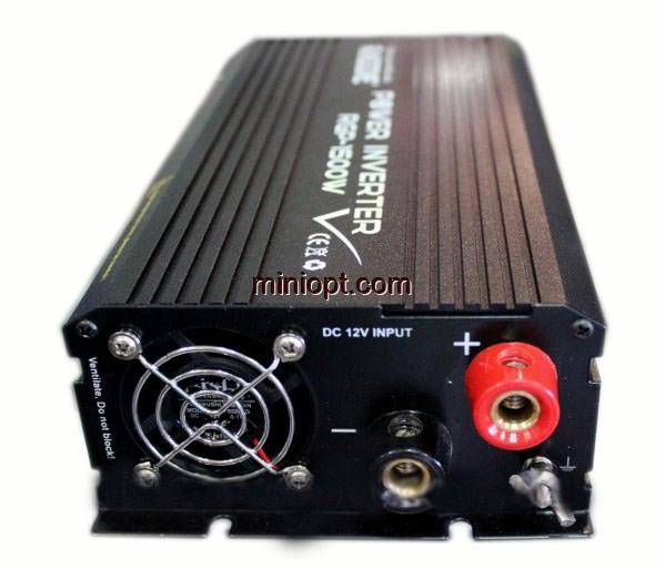 Автомобильный инвертор 12-220В RGP-1500W. Raggie/Elite Lux