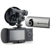 Автомобильный видеорегистратор в формате HDready 250 Black Hero