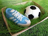 Набор сувенирного мыла кроссовок и мяч