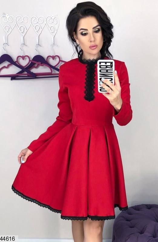 30b1b7afea5 Красивое осеннее платье мини пышная юбка солнце клеш рукава длинные под  горло с кружевами красное -
