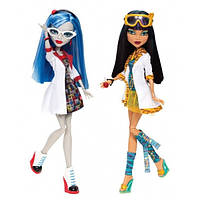 Набор Клео и Гулия Безумная наука в классе - Cleo & Ghoulia Mad Science Lab Partners