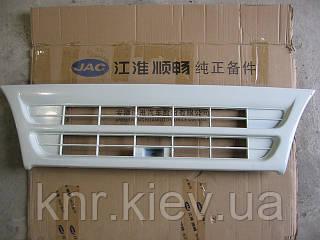 Рещётка радиатора декаративная белая JAC 1020 (Джак)
