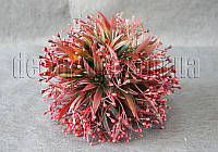 Шар пластиковый с бордовыми ягодами 17 см