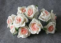 Букет молочно-персикових латексних трояндочок 10 шт/5см