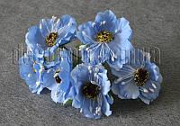 Букет голубых цветов из ткани