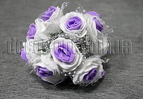 Букет бело-фиолетовых розочек с фатином из латекса 3 см