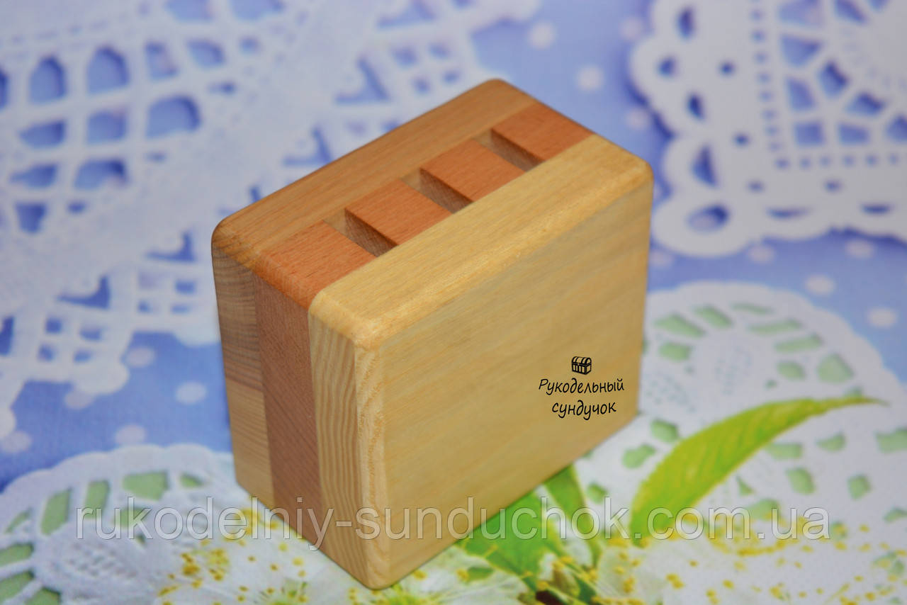 Деревянная прямоугольная подставка для ножниц (3 отверстия)