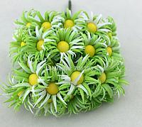 Ромашки 2,5  см 10 шт/уп.светло-зеленого цвета, фото 1