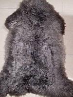 Овечья шкура серого цвета