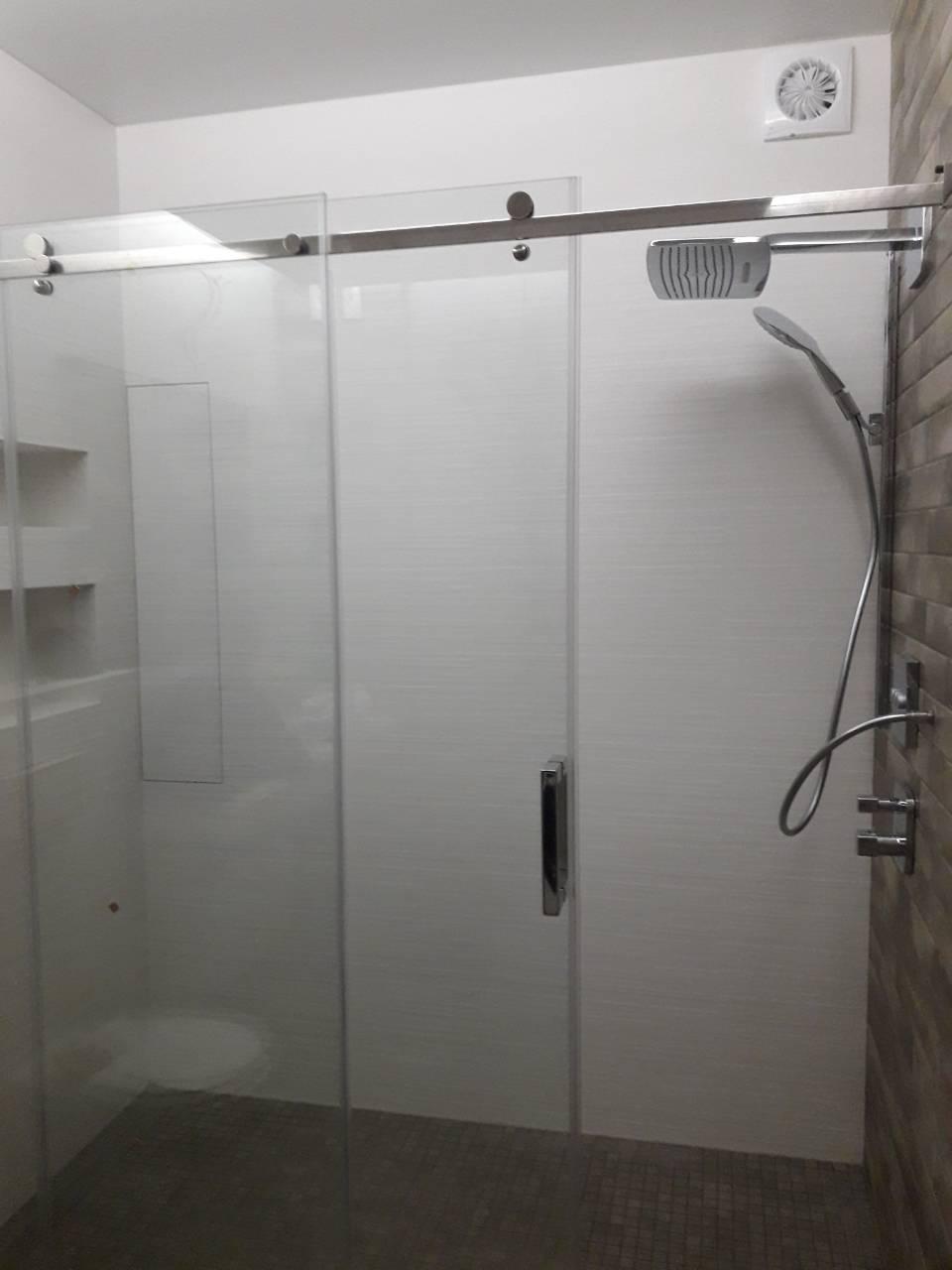Стеклянная раздвижная дверь для душа,раздвижные душевые двери и стенки для душевой,душові двері,дверь в нишу