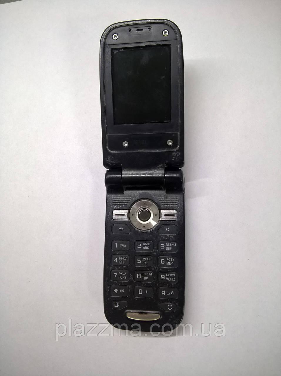 Телефон Sone Ericsson z550i Разборка