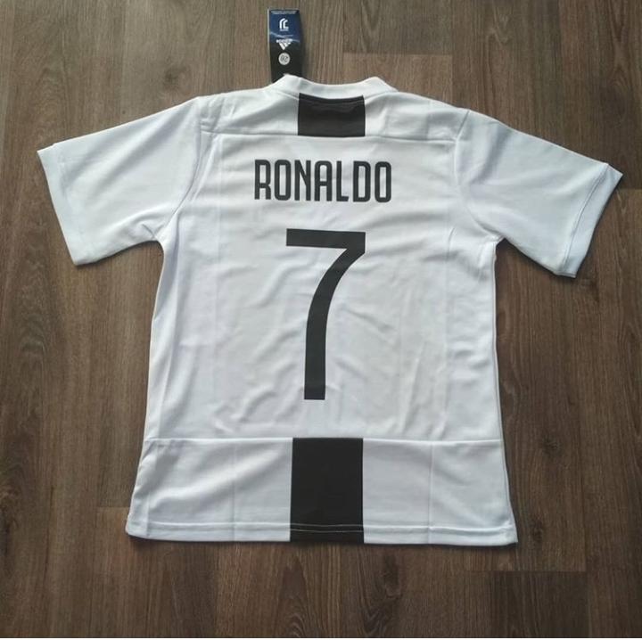 Детская футбольная форма Ювентус Ronaldo (Роналдо) сезон 2018-2019 Белая