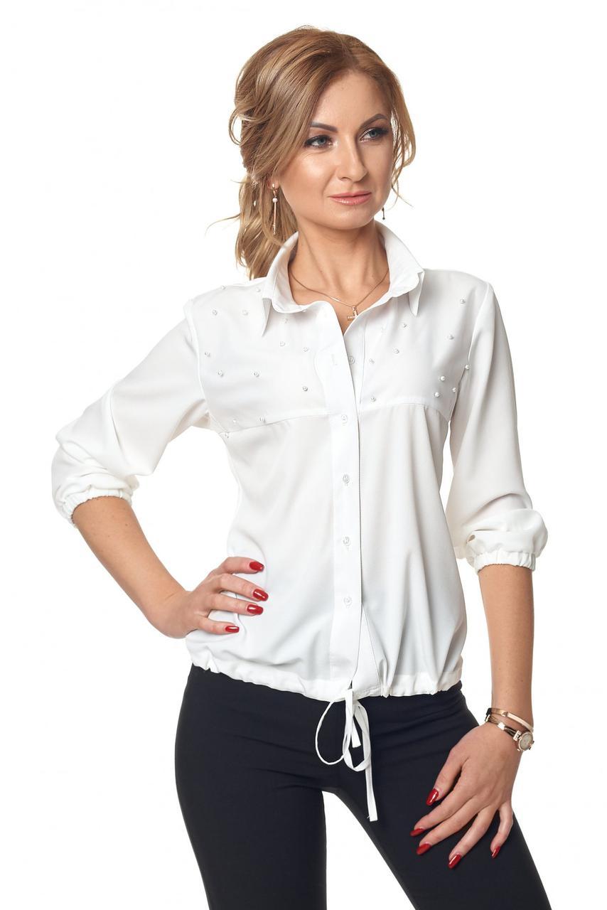 Офисная нарядная женская блуза декорированная бусинками