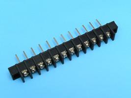 ETB5310112 Клеммник 12 контактов на плату с креплением 300В 20А шаг 10,0мм