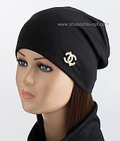 Черная шапка из двойного трикотажа Шанель с жемчугом