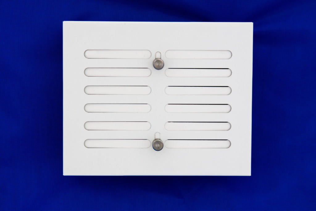 Решетка вентиляционная 15х17 белая с регулировкой