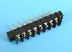 ETB5403108 Клеммник 8 контактов на блок, 300В 10A шаг 7,62мм