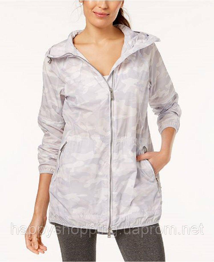 Женская светлая камуфляжная водоотталкивающая ветровка  с рюкзаком Calvin Klein