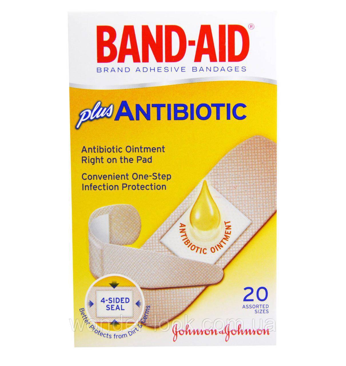 Band Aid, Липкий пластырь, с добавлением антибиотиков, 20 размеров в ассортименте