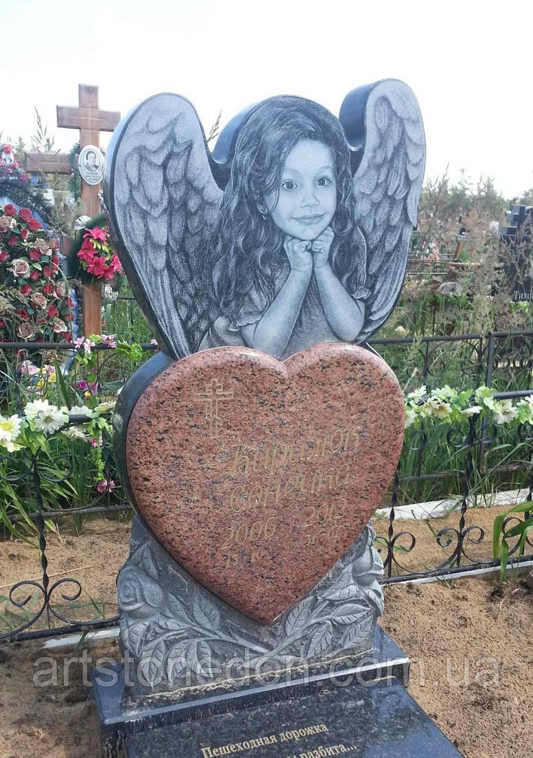 Памятник на могилу в виде ангела. Детский памятник Ангелочек
