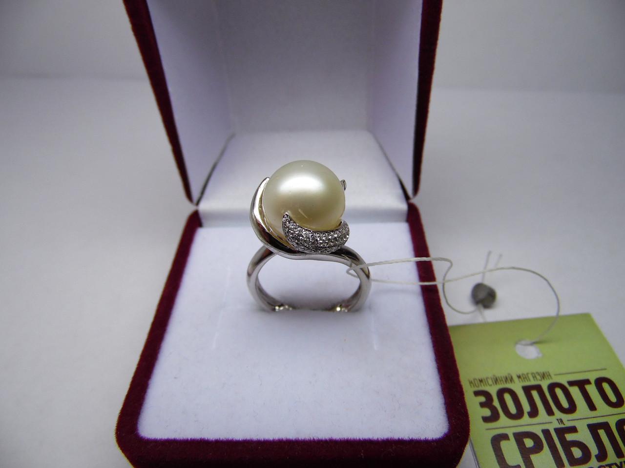 Женское золотое кольцо с бриллиантами и жемчугом, Размер 16.5