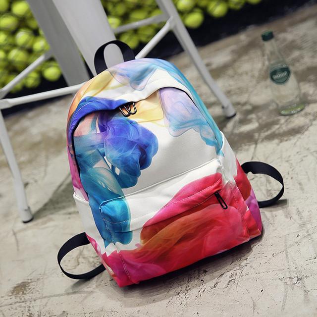 Школьный рюкзак с цветным принтом