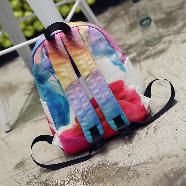 Яркий рюкзак для девочки