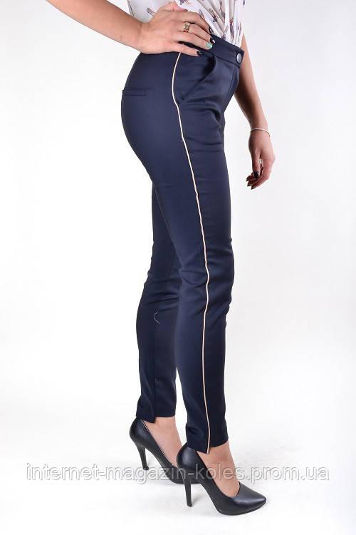 Классические синие брюки с боковым кантом