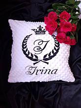 Подушки декоративные, именные и с логотипами