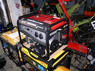 Бензиновый генератор Senci SC 3500-E
