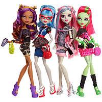 Куклы, кукольные домики, наборы кукол