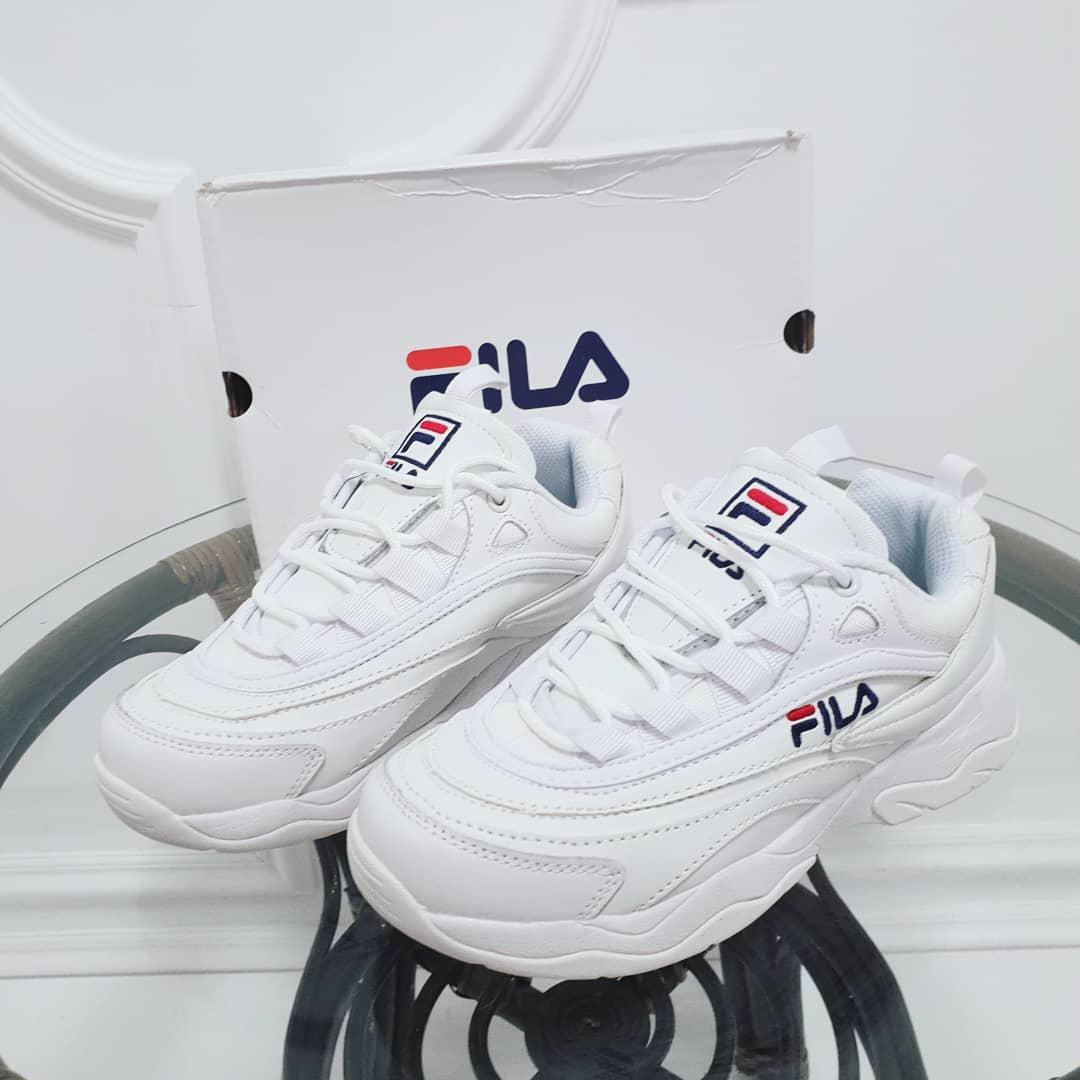 Кроссовки Fila белые подошва литая. Натуральная кожа. Аналог de1907efcfd9a