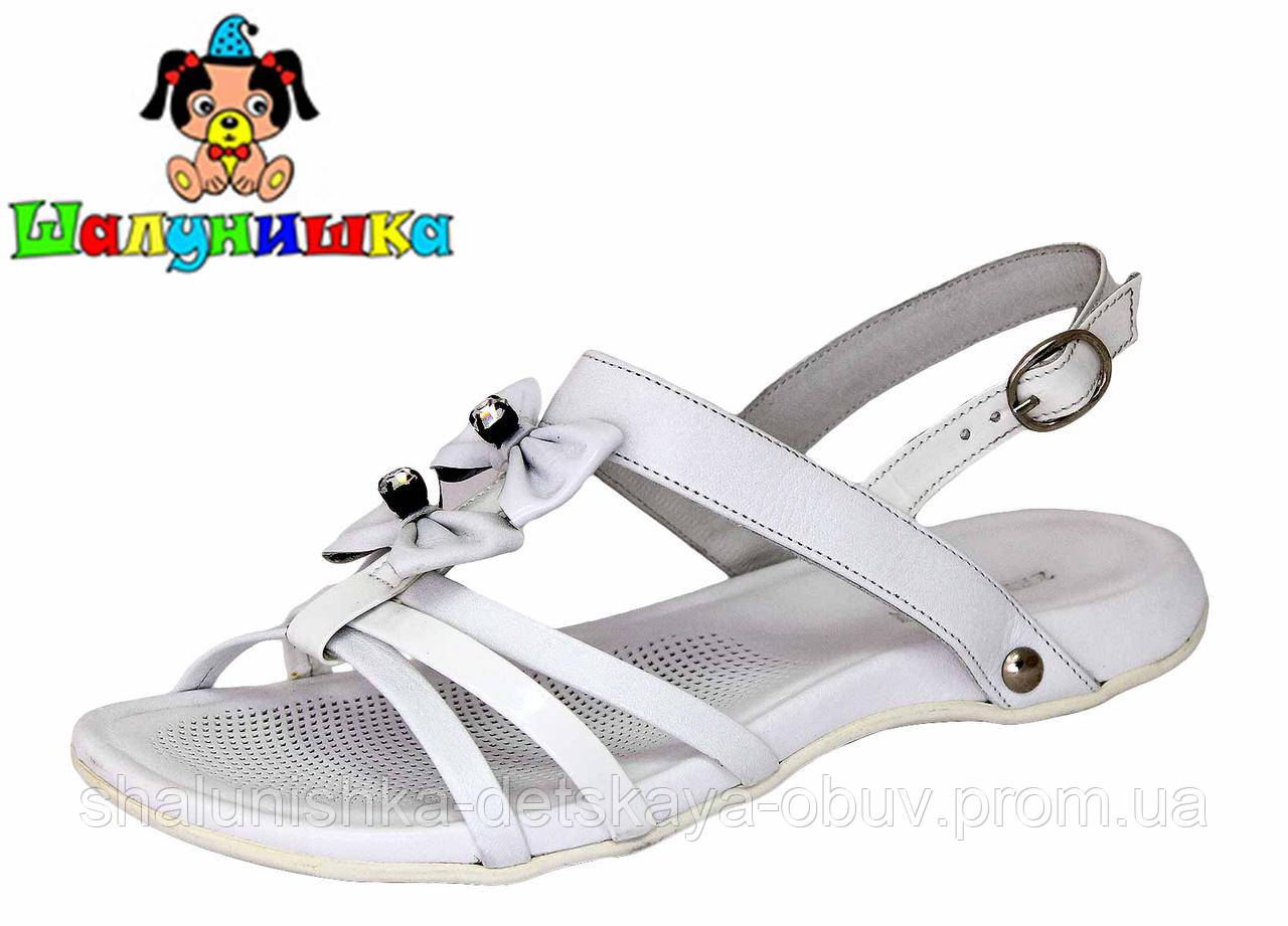 Летние сандалии для девочки 69-1