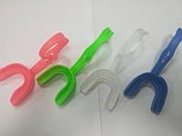 Капа силиконовая детская цветная с держателем