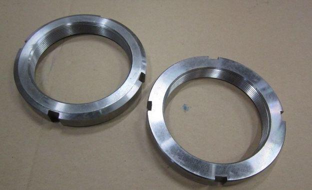 Гайка М12 (КМ 1) стальная круглая шлицевая DIN 981