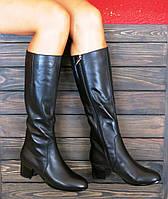 Осенние сапоги на низком каблуке кожаные черные