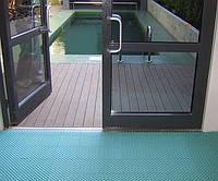 Антискользащее покрытие вокруг бассейна 2