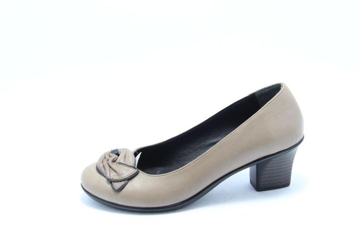 Кожаные модные туфли Bender