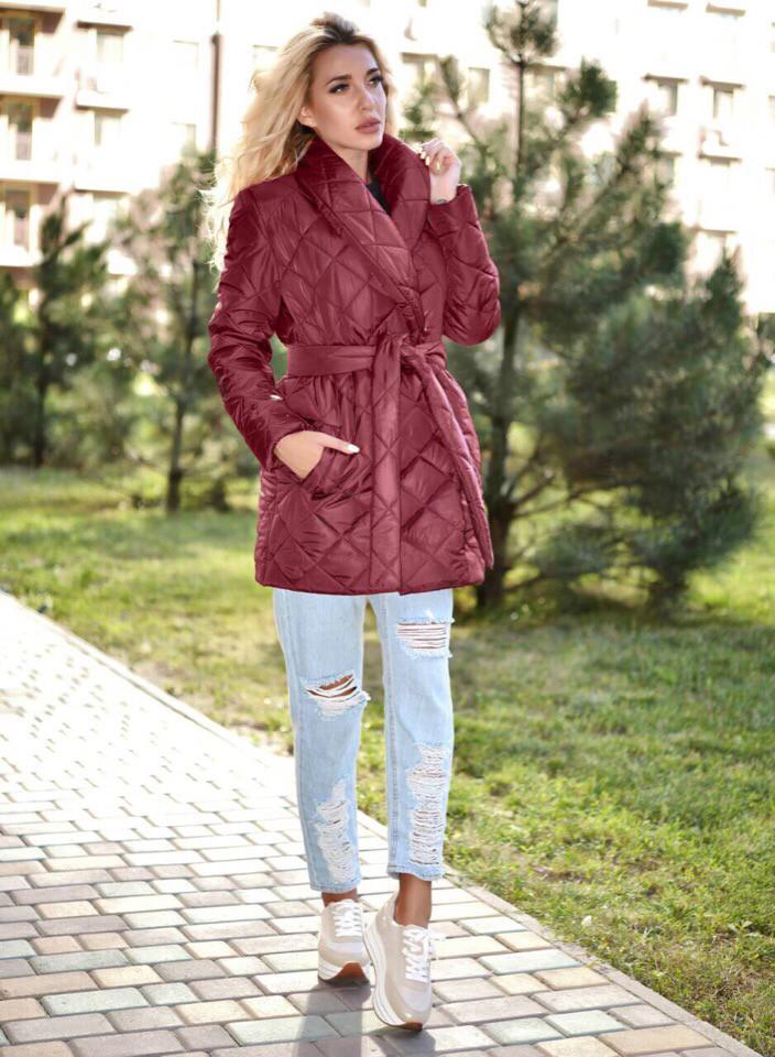 3f65a695427 Модная осенняя удлиненная куртка на запах на синтепоне - Стильная женская  одежда оптом