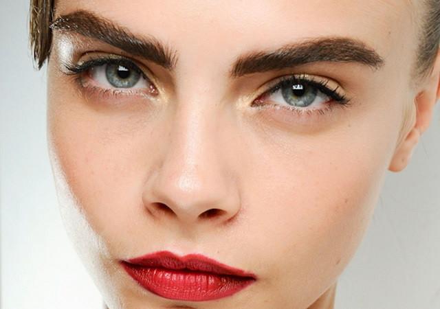 Быть в тренде: 5 вариантов моделирования бровей