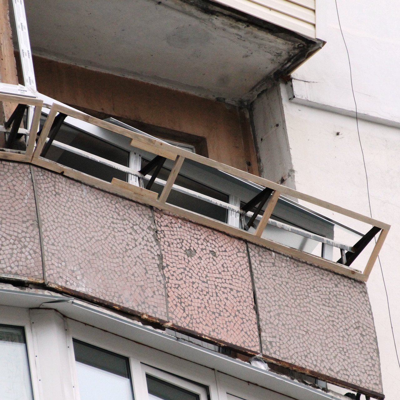Вынос балкона