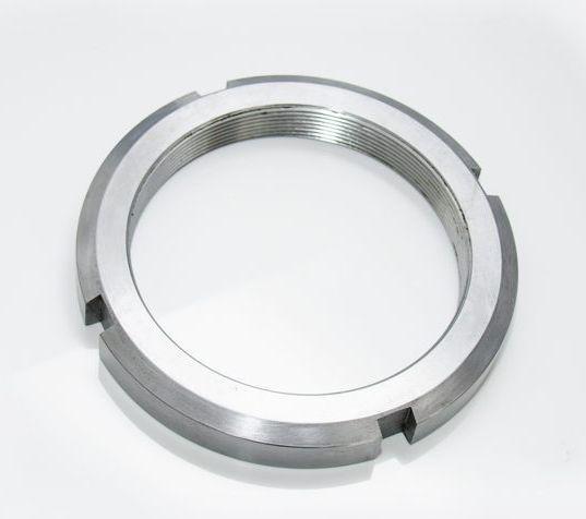 Гайка М25 (КМ 5) стальная круглая шлицевая DIN 981