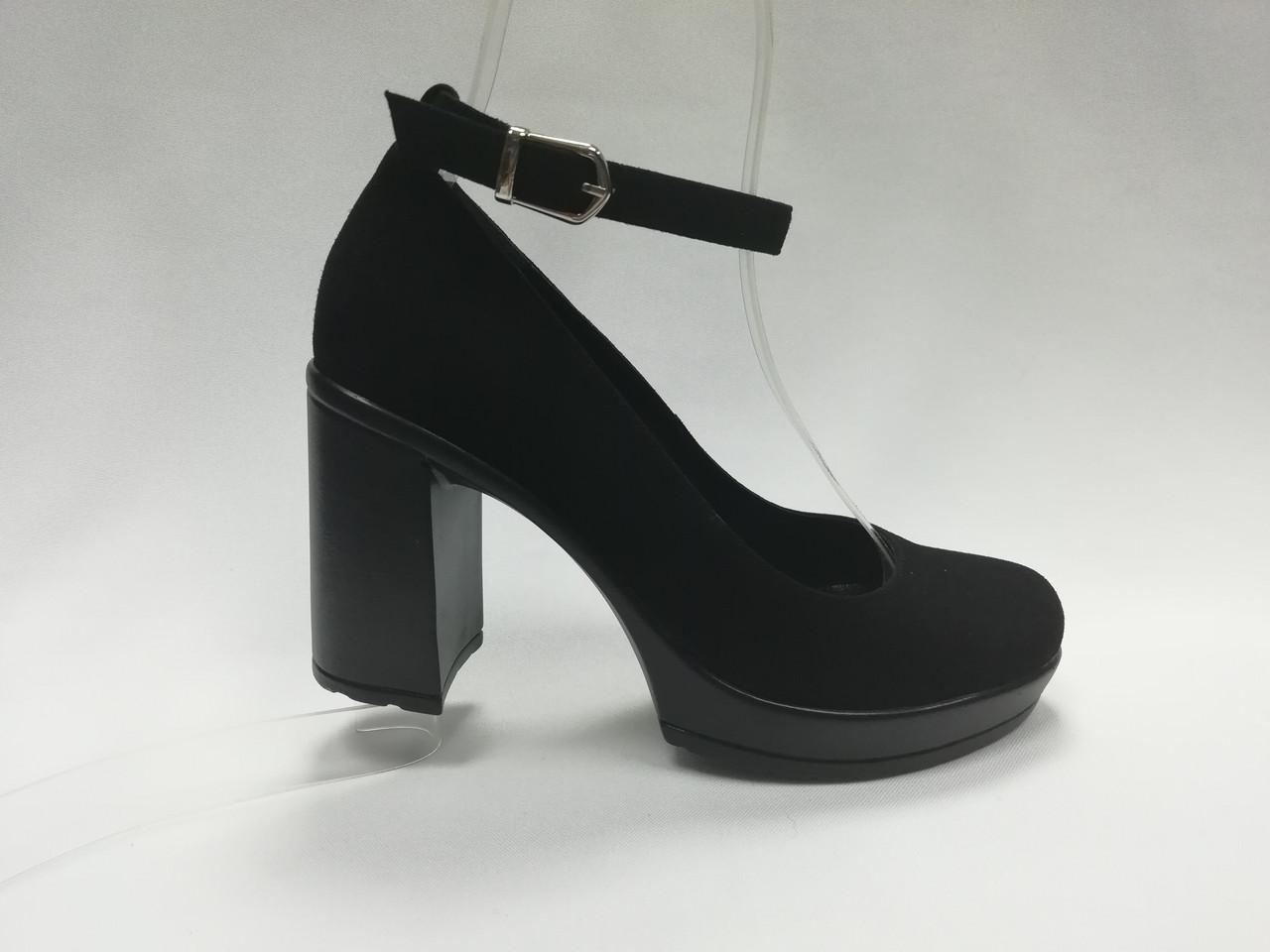 af819f833 Черные замшевые туфли на каблуке. Маленькие ( 33 - 35) размеры ...