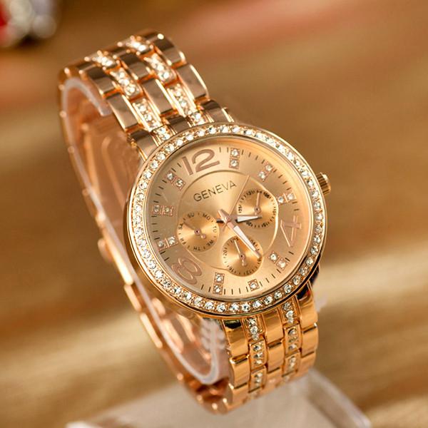 Жіночі наручні годинники Geneva з діамантиками на браслеті золотий колір