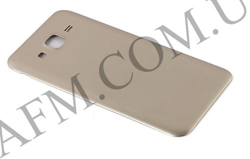 Задняя крышка Samsung J500H/  DS Galaxy J5 золотая, фото 2