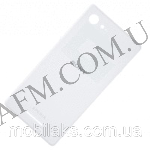 Задняя крышка Sony D2202/  D2203/  D2206 Xperia E3 белая