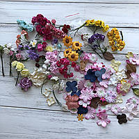 Квіти паперові, різні. Листчочки, тичинки.