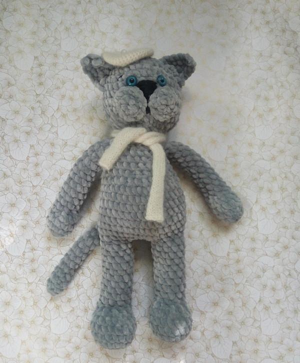Мягкая вязанная игрушка Кот
