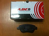 Тормозные колодки передние Fiat Doblo All 2005-09