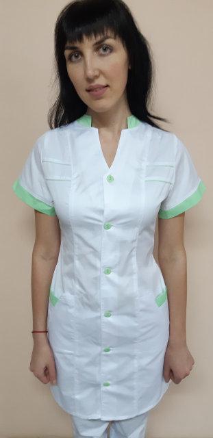 Медицинский женский халат Оксана на пуговицах с коротким рукавом коттоновый